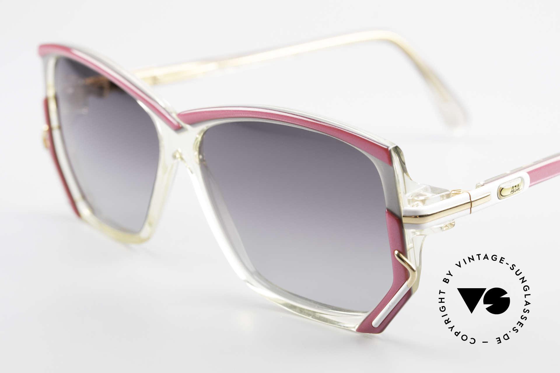 Cazal 197 80er Vintage Sonnenbrille, ungetragen (wie alle unsere vintage Brillen von Cazal), Passend für Damen