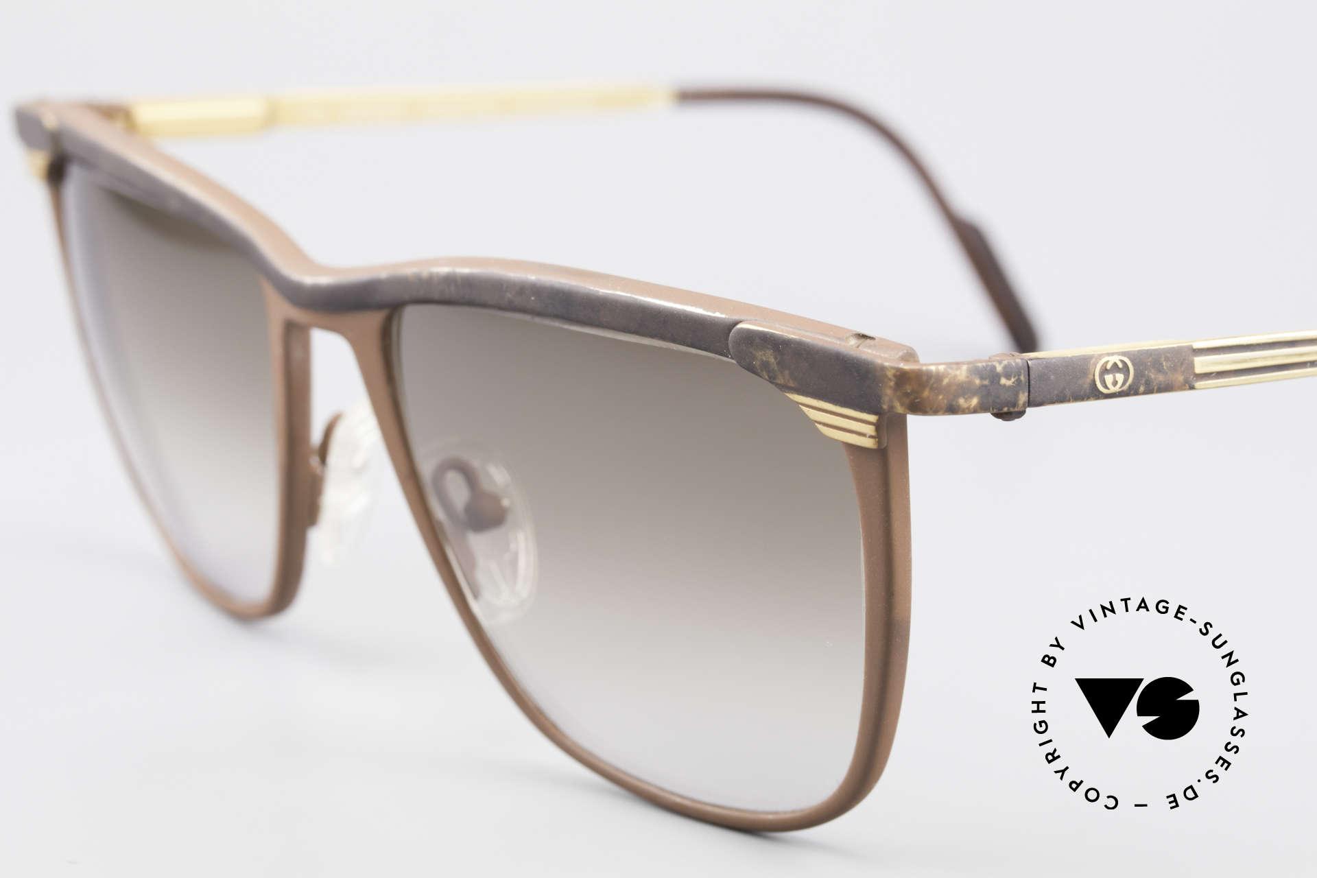 Gucci 2227 Luxus Designer Sonnenbrille, ungetragen (wie alle unsere Designer 80er Brillen), Passend für Herren und Damen