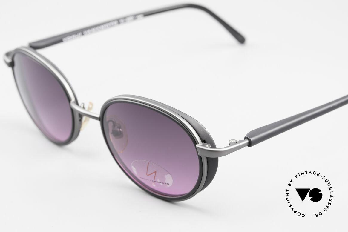 Yohji Yamamoto 51-6201 Seitenblenden Sonnenbrille, kleine Seitenblenden & Sonnengläser in grau-pink VL, Passend für Damen