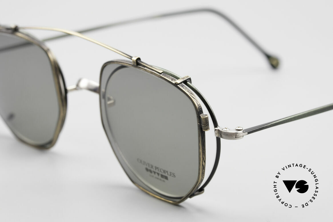 Oliver Peoples OP80BC Runde Brille Eckiger Clip On, mit eckigem Sonnen-Clip von Mod. OP-17 in messing, Passend für Herren und Damen