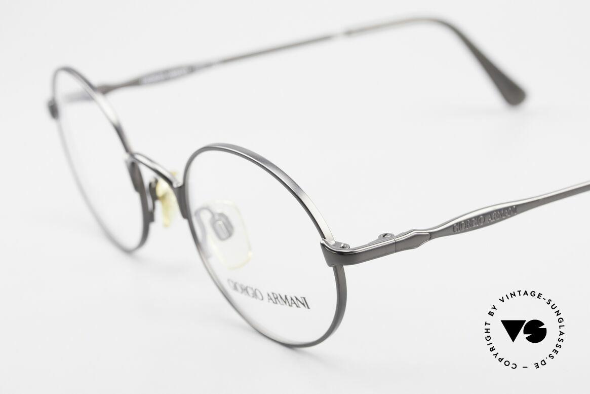 Giorgio Armani 243 Kleine Rund Ovale Brille 90er, ungetragen (wie all unsere 90er Jahre Klassiker), Passend für Herren und Damen