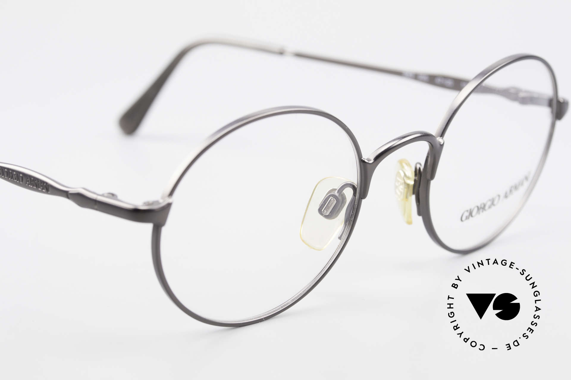 Giorgio Armani 243 Kleine Rund Ovale Brille 90er, keine aktuelle Kollektion; ein 25 J. altes Original, Passend für Herren und Damen