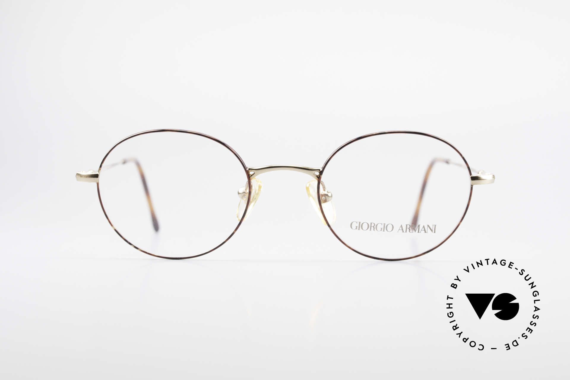 Giorgio Armani 252 Alte Vintage Brille Oval 90er, dezenter, zeitloser Stil; passt gut zu fast jedem Look, Passend für Herren und Damen