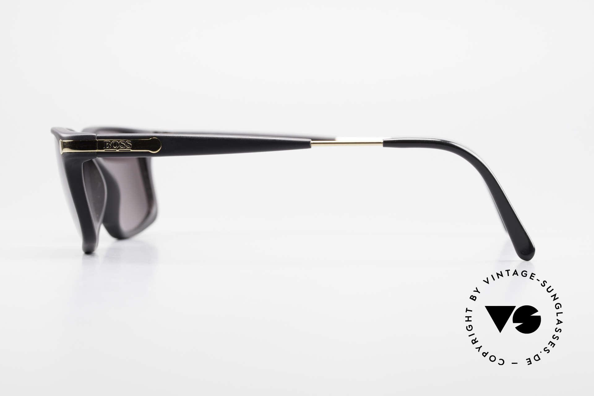 BOSS 5174 Vintage Sonnenbrille Eckig, das Material scheint nicht zu altern & ist sehr leicht, Passend für Herren