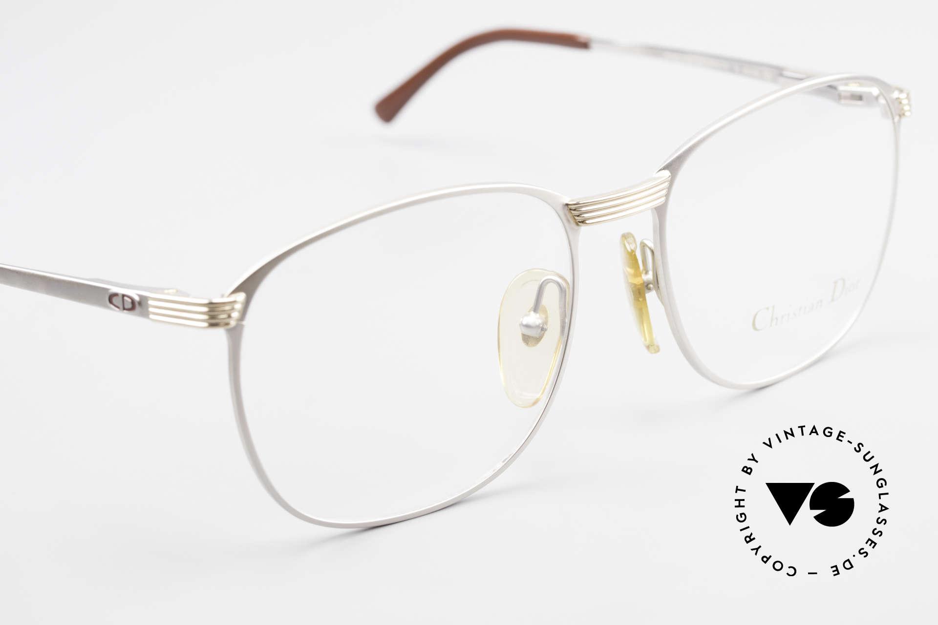 Christian Dior 2721 80er Titanium Fassung Herren, KEINE RETRO-Brille; sondern ein 30 Jahre altes Unikat, Passend für Herren