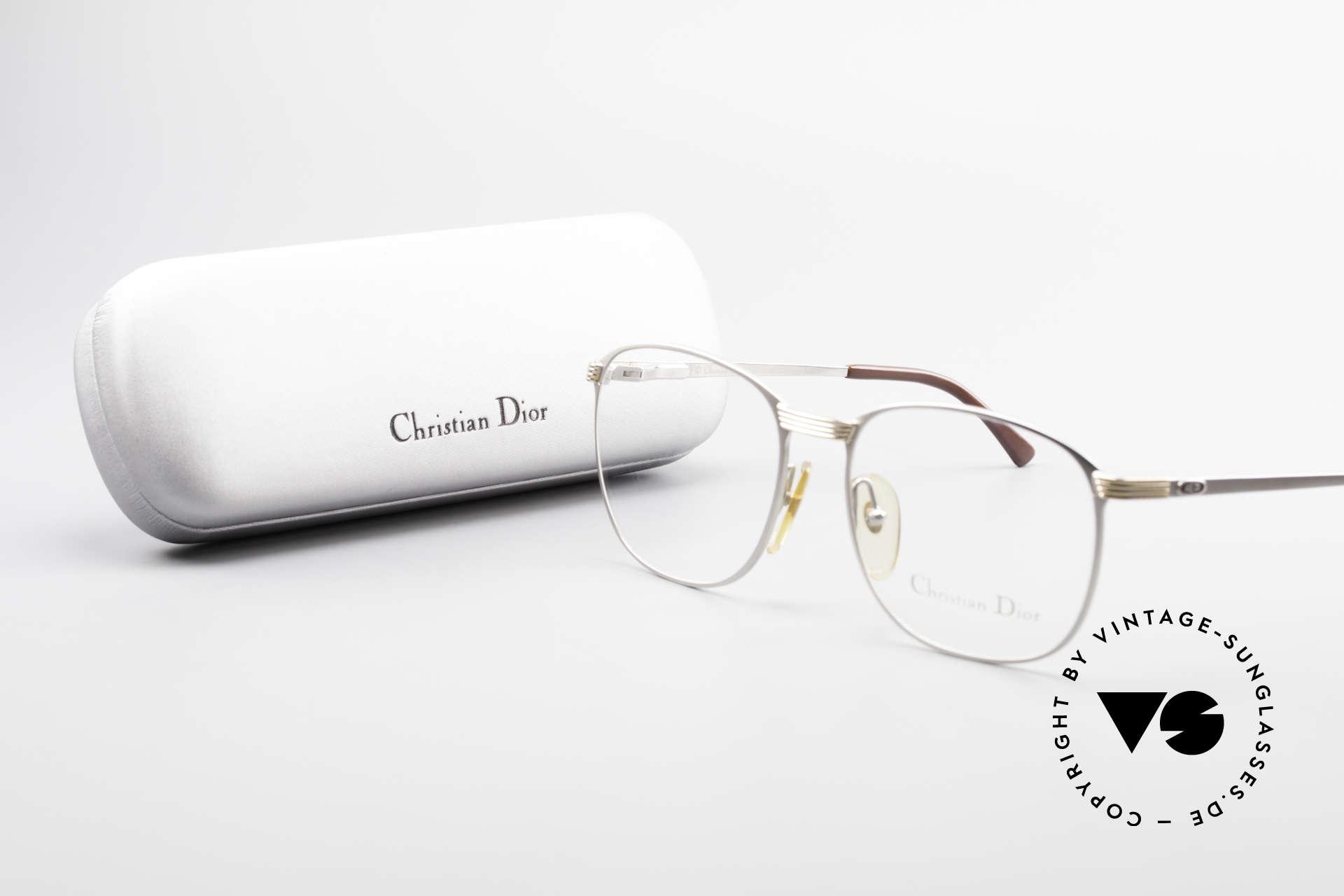 Christian Dior 2721 80er Titanium Fassung Herren, die Fassung ist beliebig verglasbar (optisch od. Sonne), Passend für Herren