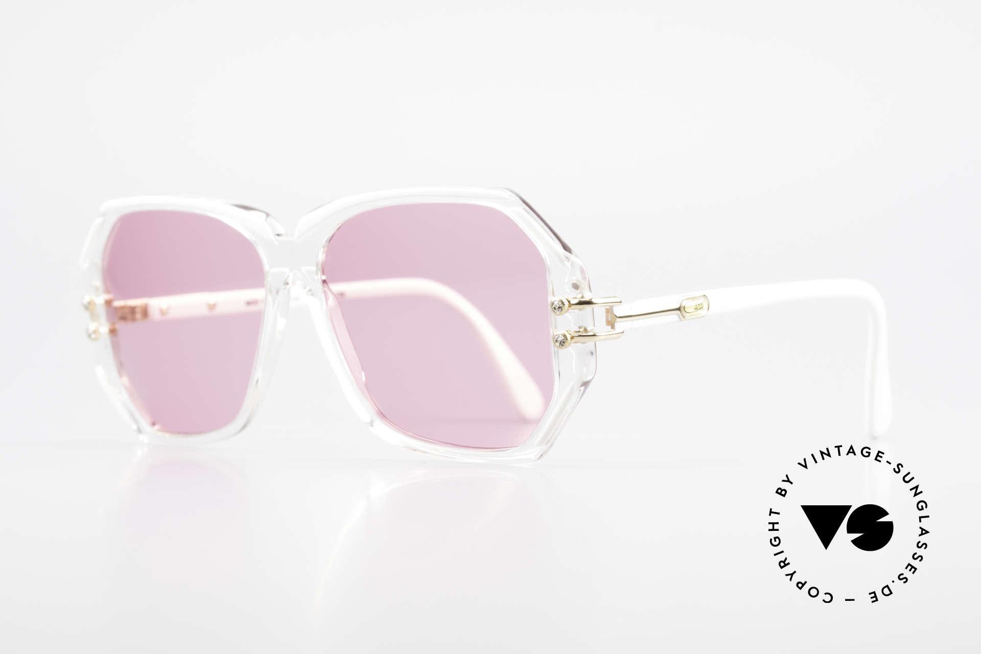 Cazal 169 Pinke Designer Sonnenbrille, kristallklare Fassung mit weißen Rahmen-Umrandungen, Passend für Damen