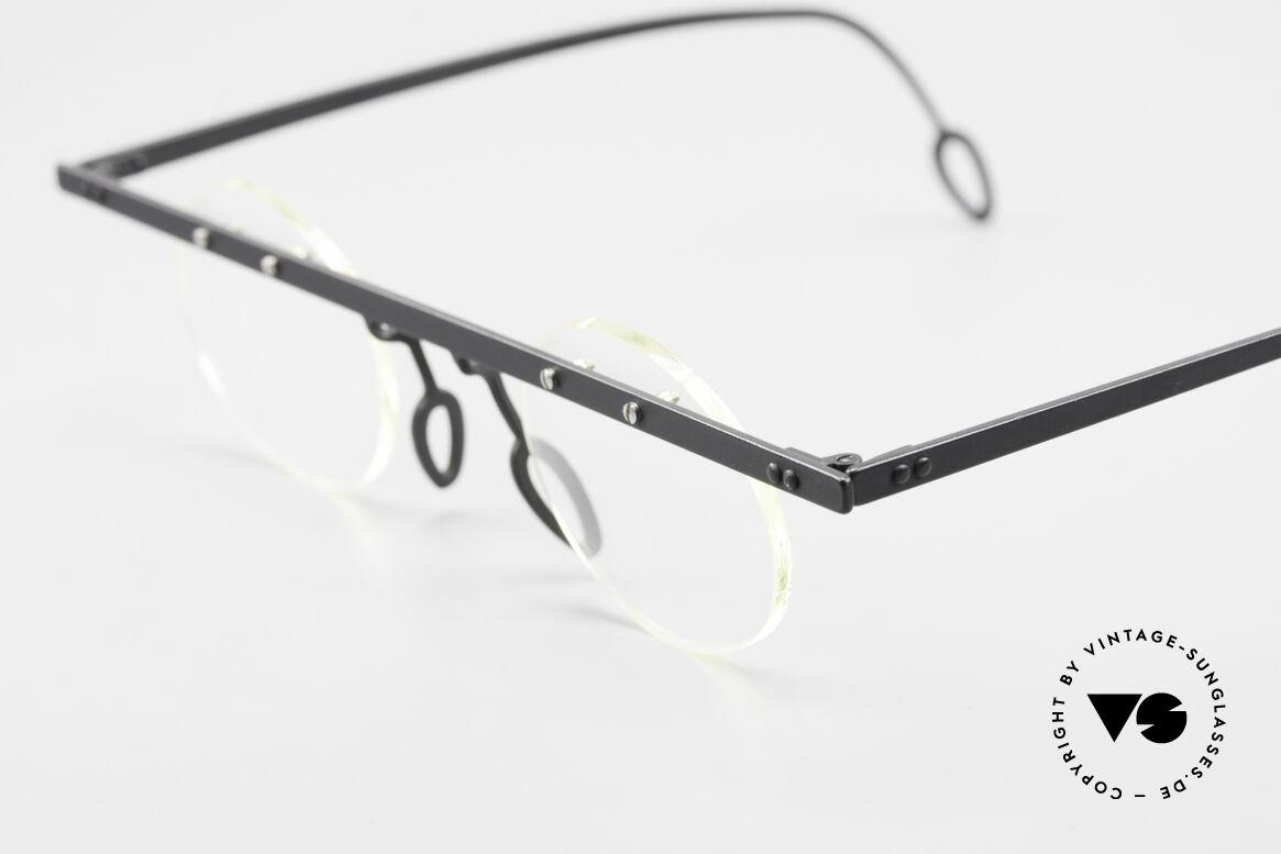 Theo Belgium Tita VII 11 Titanium 90er Vintage Brille, die Gläser sind mit Schrauben am Titan-Rahmen fixiert, Passend für Herren und Damen
