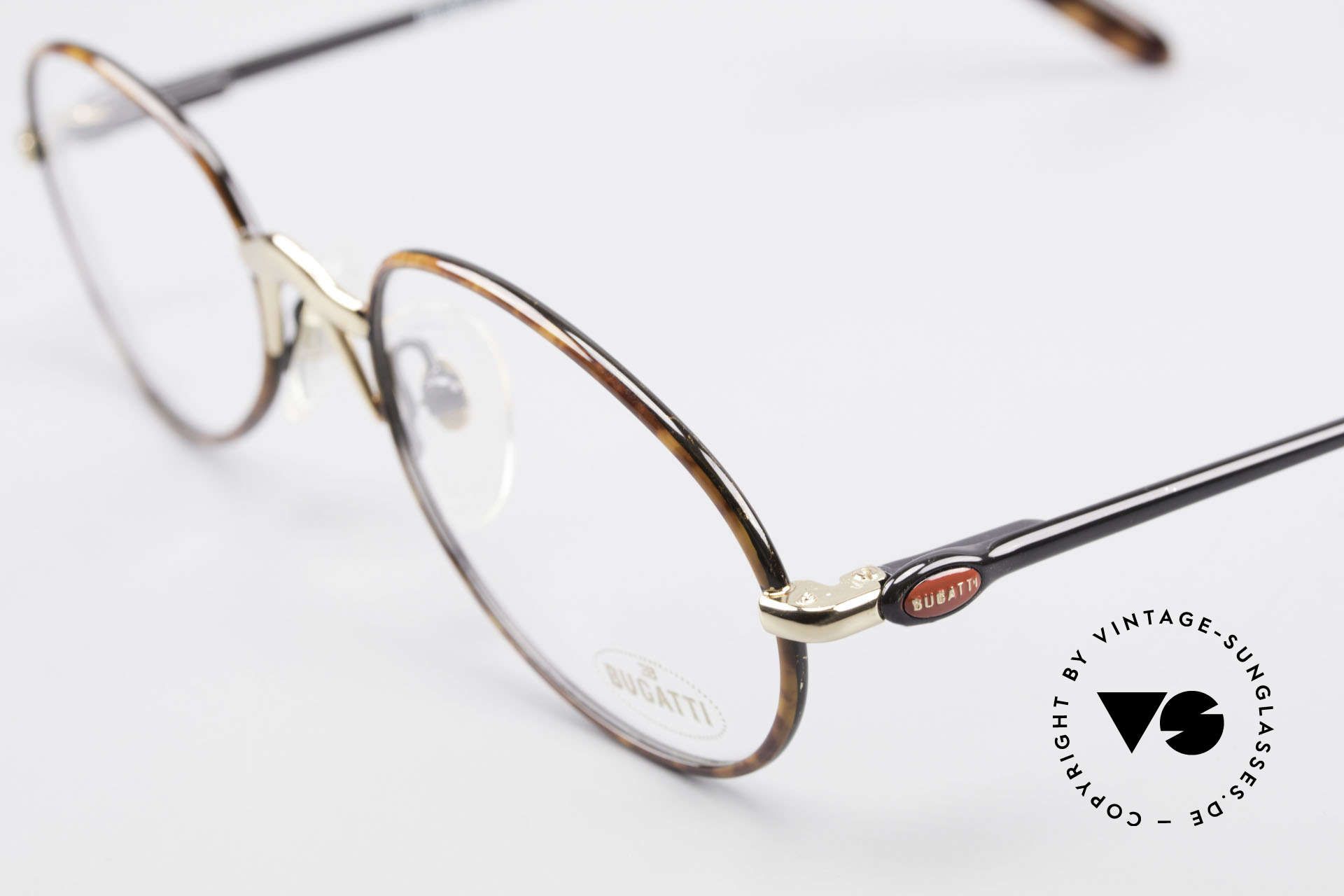 Bugatti 22157 Rare Ovale 90er Vintage Brille, hoher Komfort u. Passform durch Federgelenke, Passend für Herren und Damen