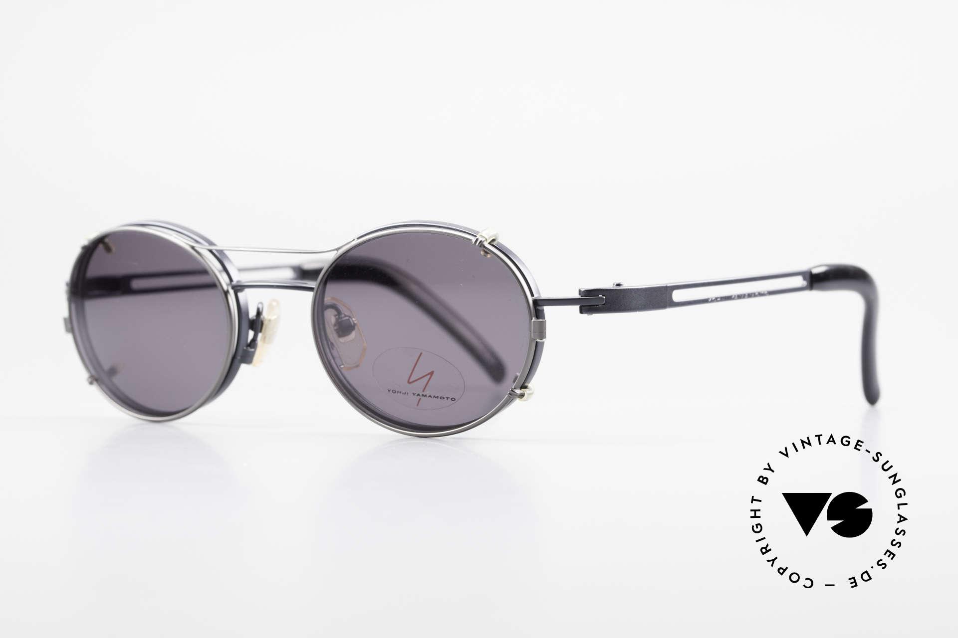 Yohji Yamamoto 51-6106 Clip On Brille Oval Blau Metall, Fassung = dunkelblau metallic, Clip = titanium-grau, Passend für Herren und Damen