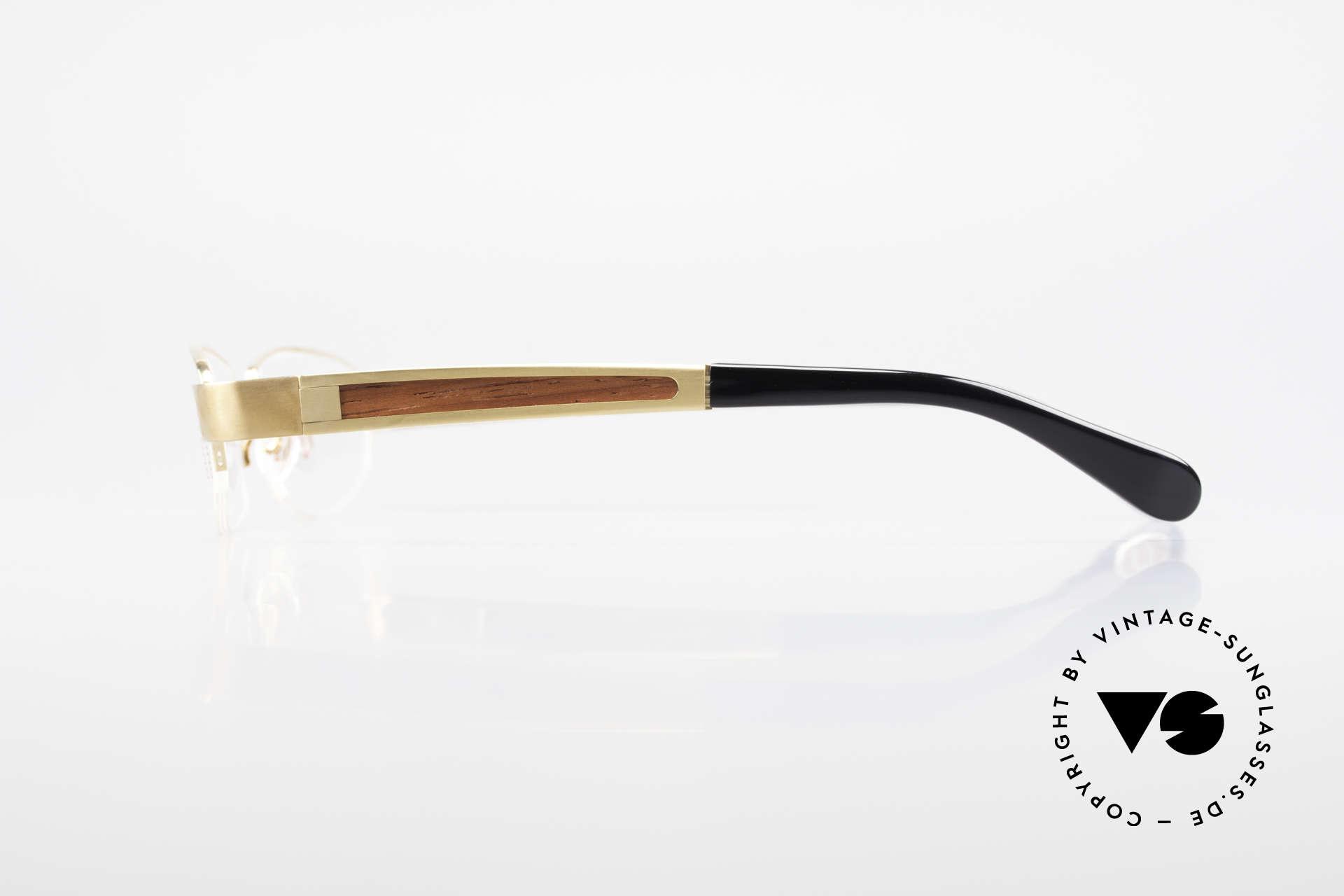 Bugatti 520 Padouk Edelholz Gold Titan, flexible Federscharniere für eine optimale Passform, Passend für Herren