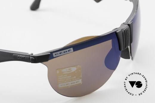 Cebe 1943 Alte Rennfahrer Sonnenbrille, ungetragen (wie alle unsere Cebe Sportsonnenbrillen), Passend für Herren und Damen
