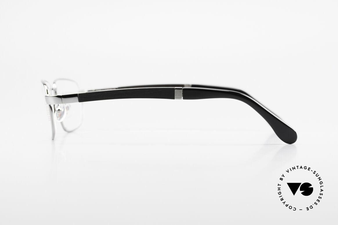 Bugatti 549 Ebenholz Ruthenium Fassung, flexible Federscharniere für eine optimale Passform, Passend für Herren