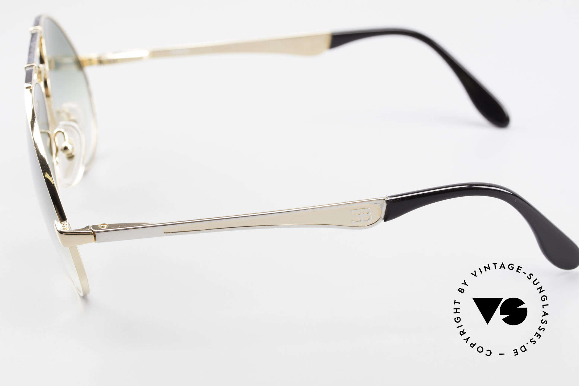 Bugatti 11908 80er Luxus Sonnenbrille XLarge, Rahmen gold/silber; Brücke wie eine Blattfeder, Passend für Herren