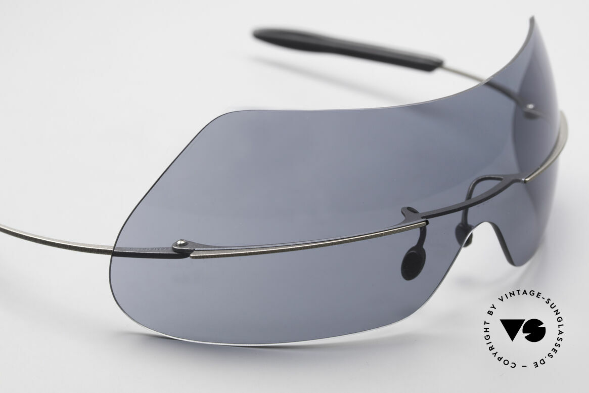 Theo Belgium Satisfashion 138 Sonnenbrille mit Augenbrauen