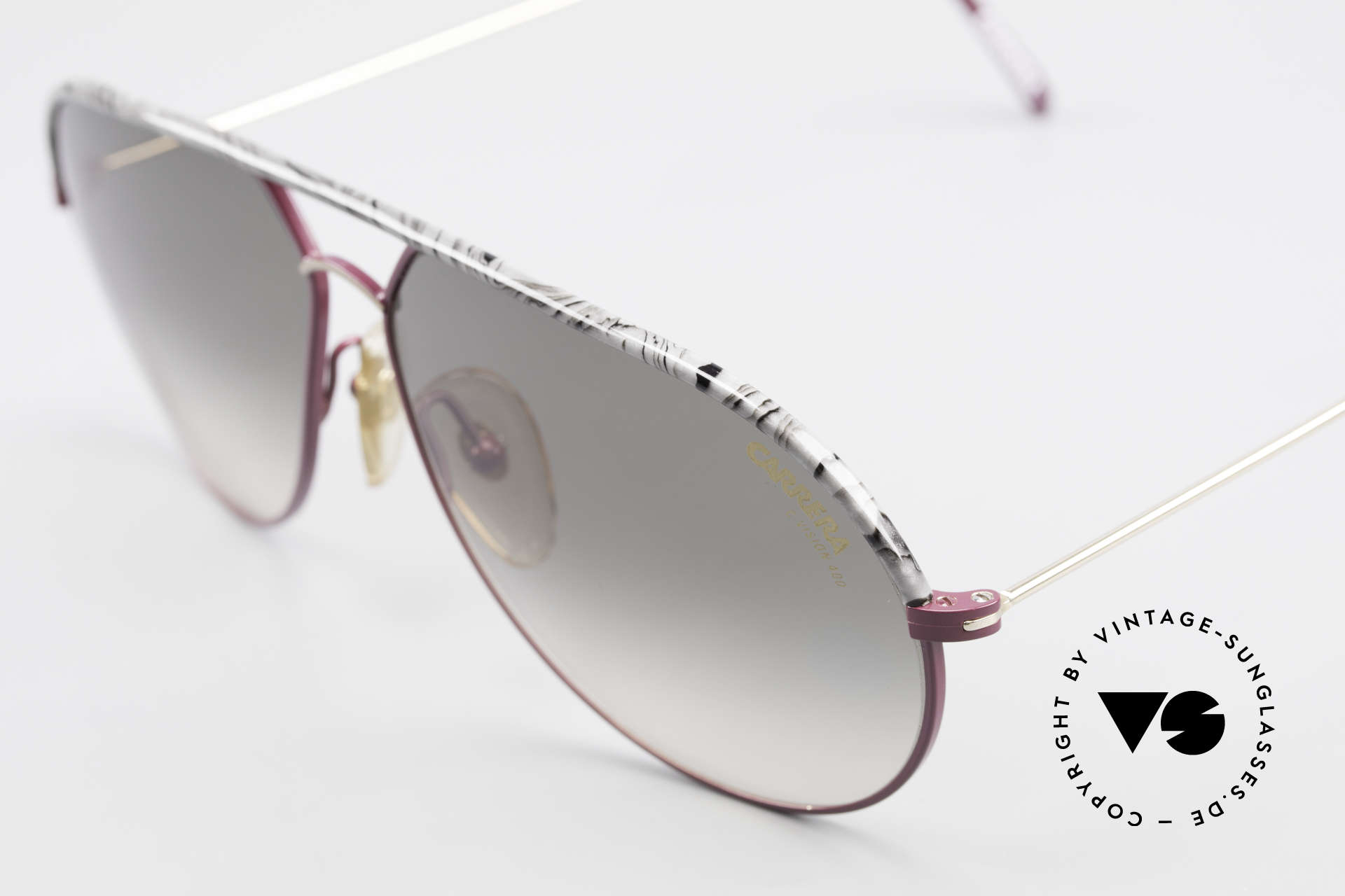 Carrera 5428 Rare Alte Sonnenbrille 80er, zudem C-VISION 400 Gläser mit grün-grau Verlauf, Passend für Herren und Damen