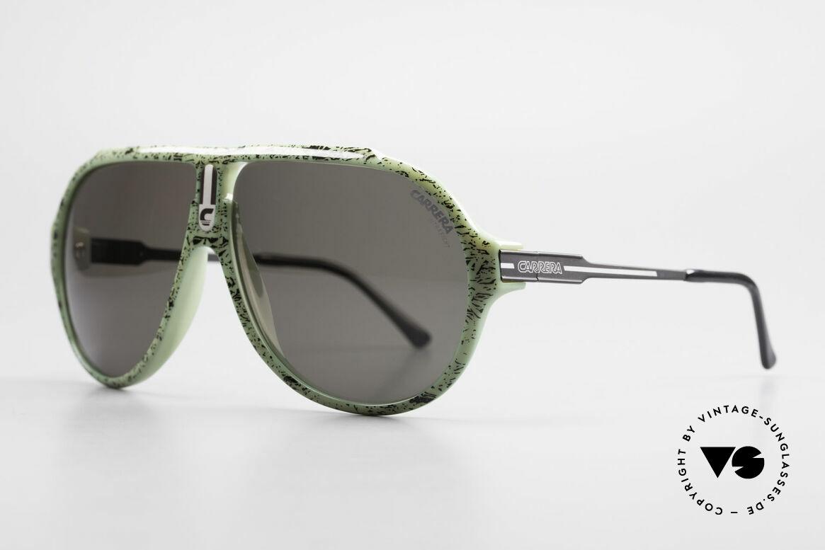 Carrera 5565 Vintage Sonnenbrille Optyl, langlebiges Optyl-Material (scheint nicht zu altern), Passend für Herren