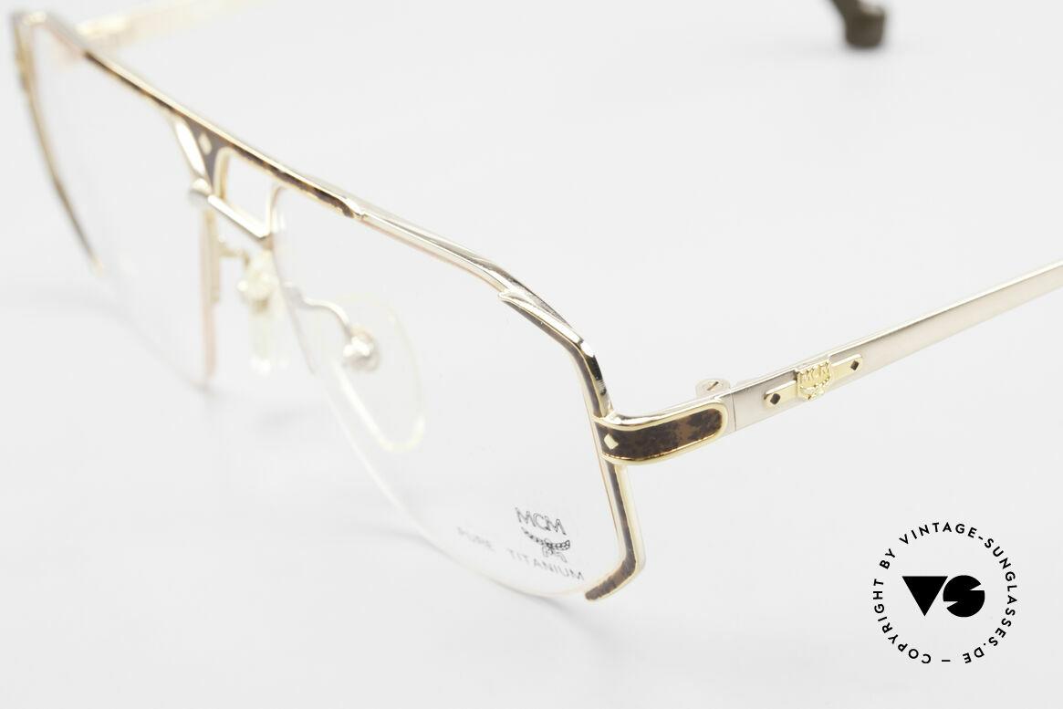 MCM München 5 Pure Titanium Brille Vergoldet, enorm komfortabel (nur 22 Gramm); Größe 54/17, Passend für Herren