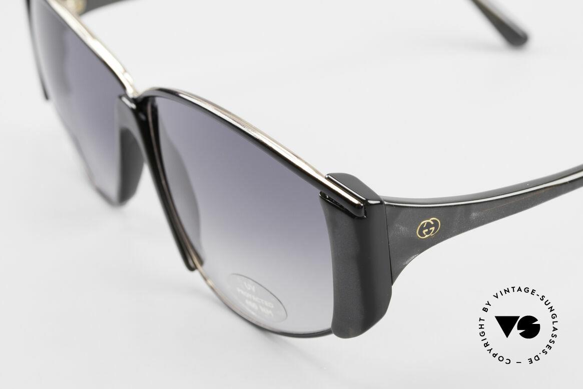 Gucci 2308 80er Damen Vintage XL Brille, die Farbe ist satt dunkel grau mit PERLMUTT-Effekt, Passend für Damen