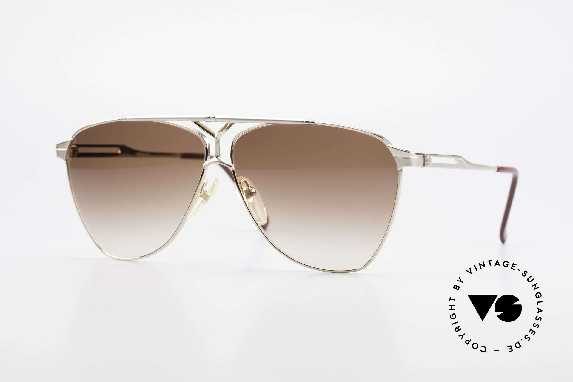 Yves Saint Laurent 8808 80er YSL Aviator Sonnenbrille, pure Eleganz von Yves Saint Laurent, Frankreich, Passend für Herren