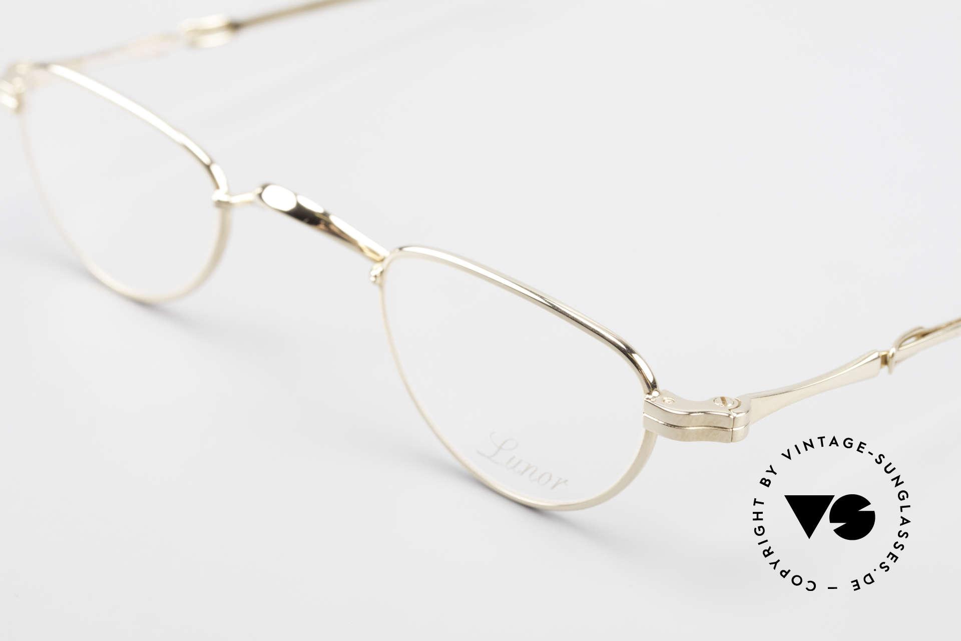 Lunor I 06 Telescopic Ausziehbare Brille Vergoldet, bekannt für den W-Steg und die schlichten Formen, Passend für Herren und Damen