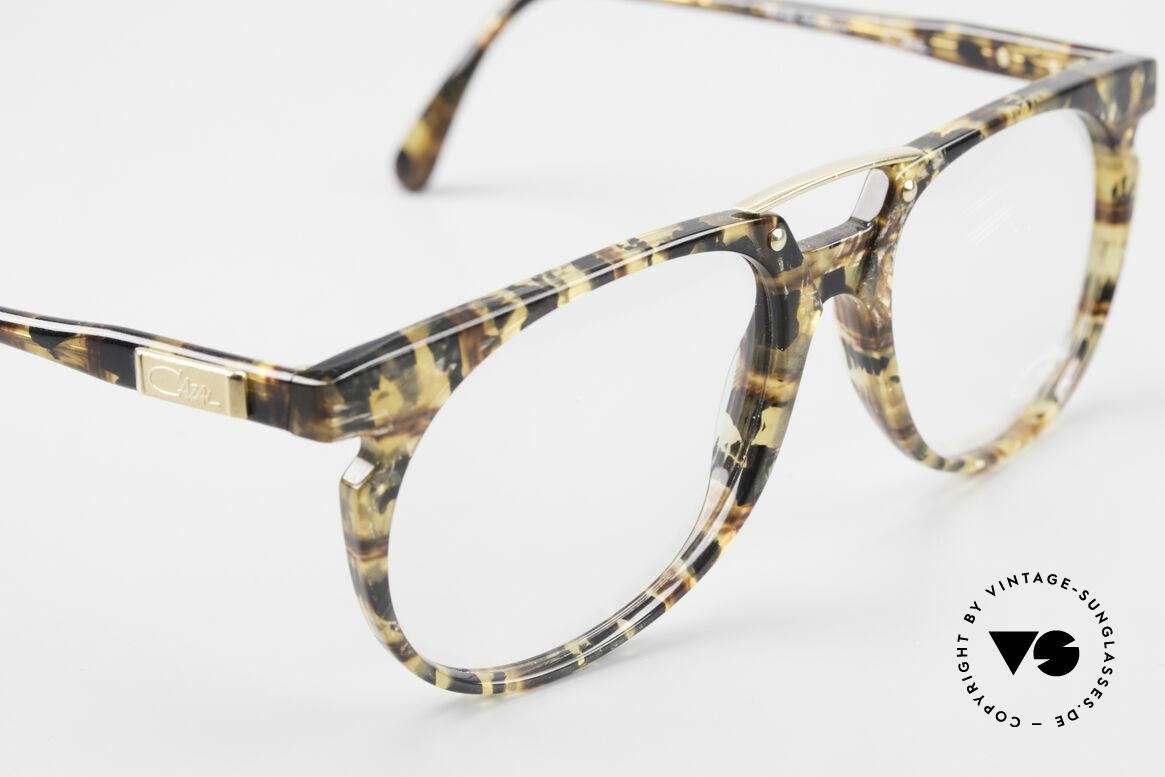 Cazal 645 Außergewöhnliche Vintage Brille, ungetragen (wie alle unsere vintage CAZAL Brillen), Passend für Herren