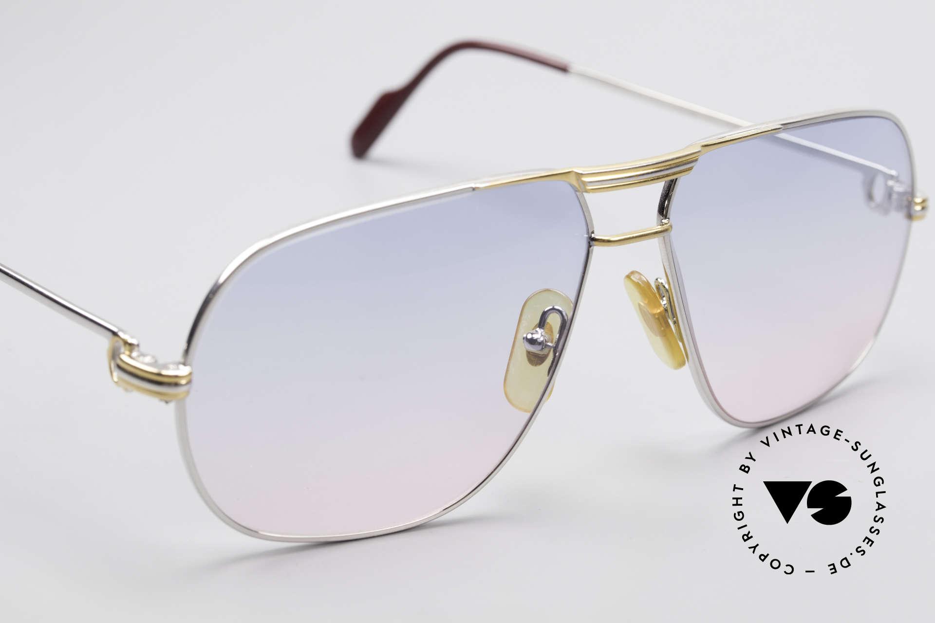 Cartier Tank - L Platin Edition Baby-Blau Pink, neue Gläser in Blau-Pink-Verlauf; inkl. Etui von GUCCI, Passend für Herren