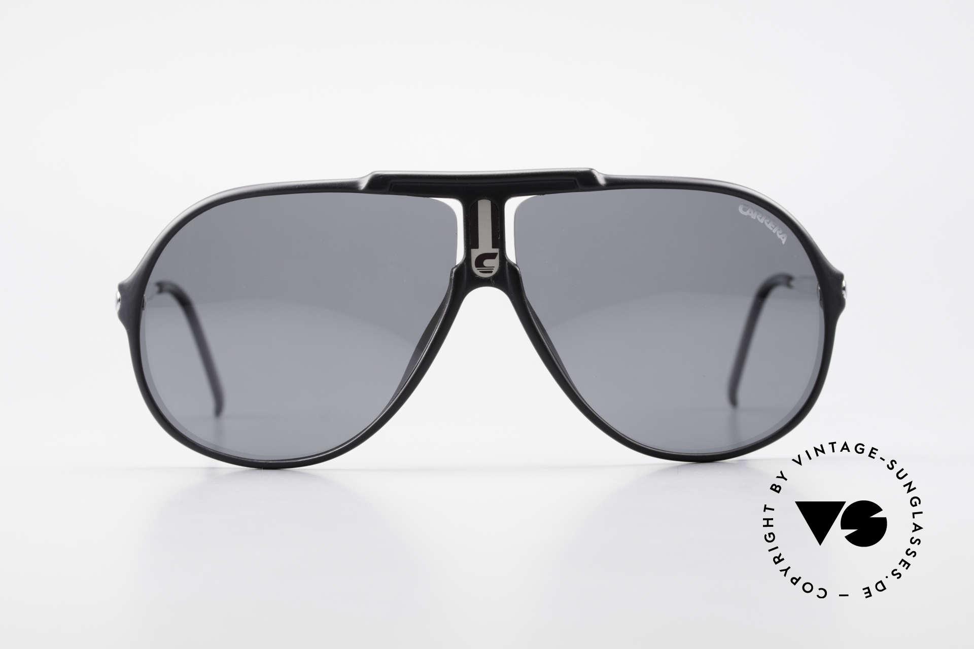 Carrera 5590 Polarisierende Sonnenbrille, aus extrem robusten und langlebigen OPTYL-Material, Passend für Herren