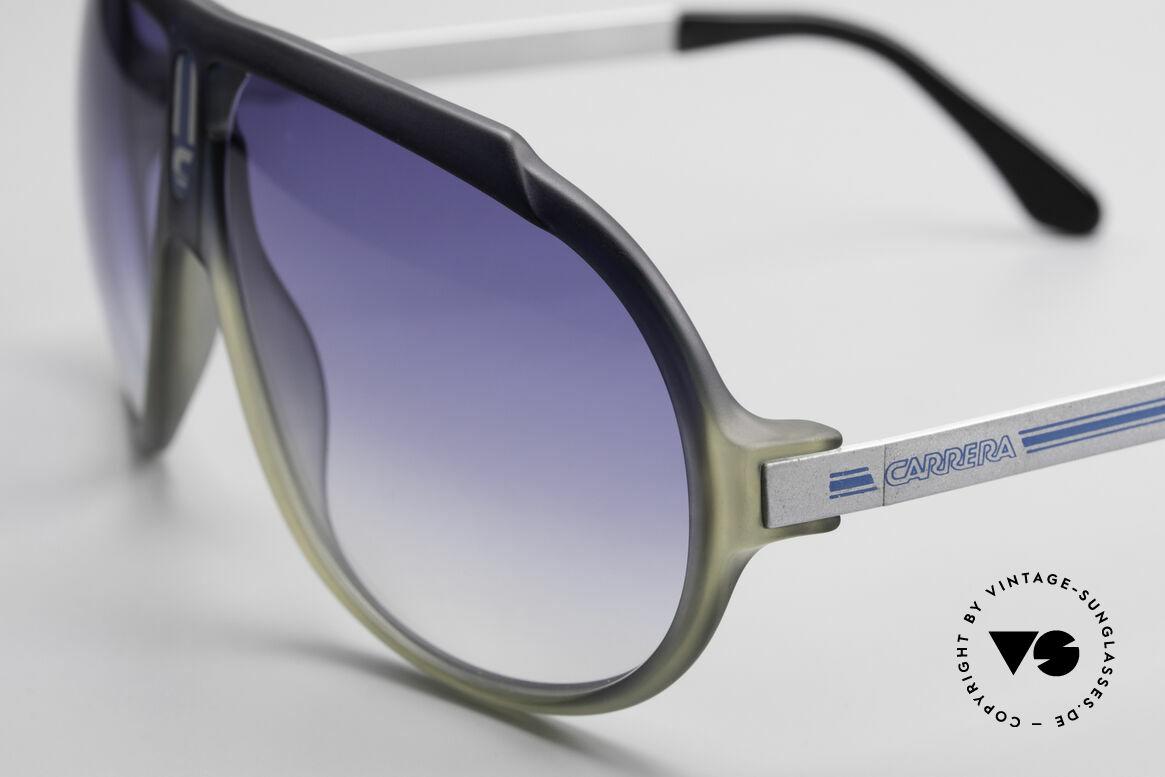 Carrera 5512 Miami Vice 80er Sonnenbrille, ungetragen & Sonnengläser in BLAU-Verlauf (100% UV), Passend für Herren