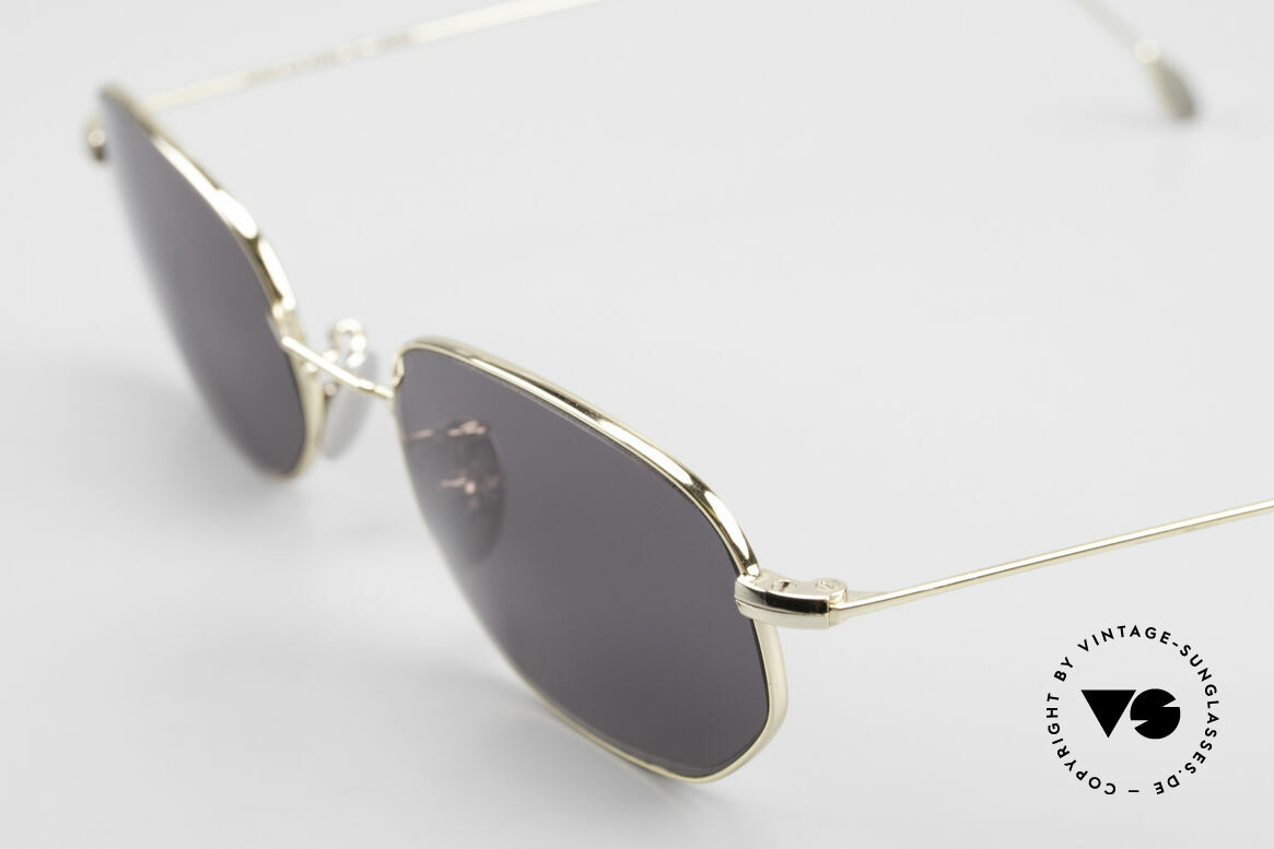 Cutler And Gross 0370 Klassische Sonnenbrille 90er, außergewöhnliche Rahmenform = eine UNISEX Brille, Passend für Herren und Damen