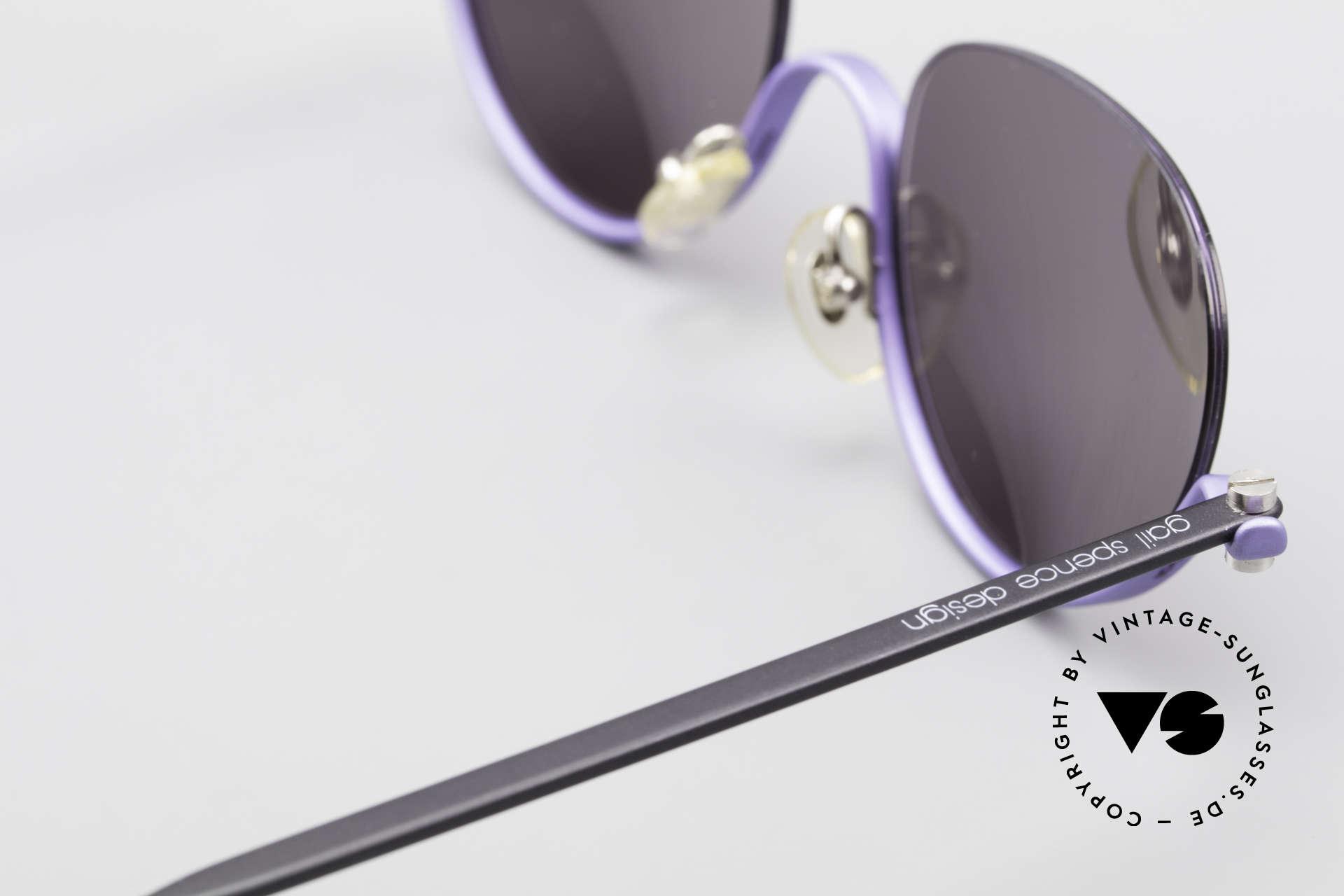 ProDesign No8 Gail Spence Designer Brille, dieses ungetragene N°8 Modell stammt von ca. '95, Passend für Damen