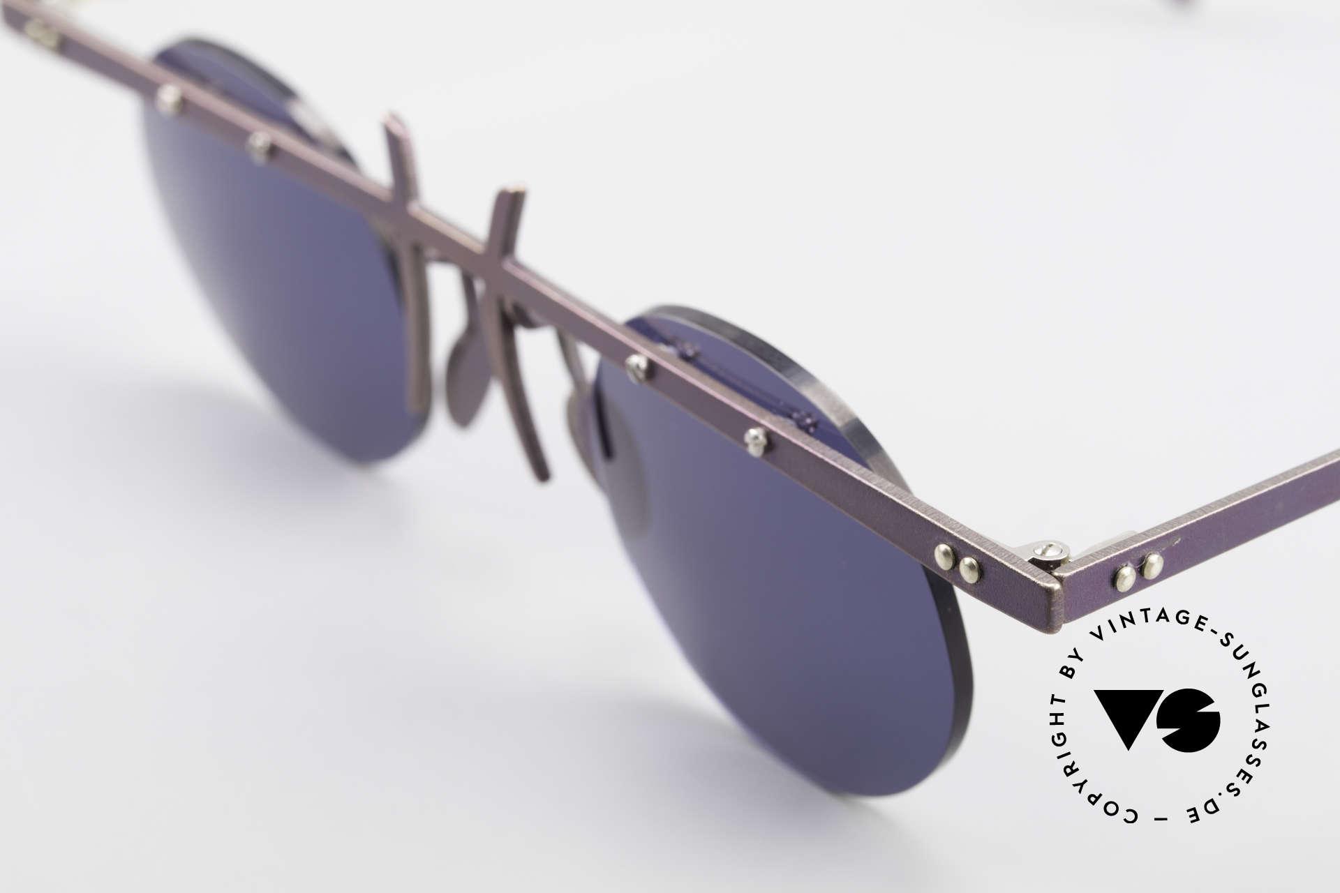 Theo Belgium Tita VI 4 Crazy Sonnenbrille 90er Titan, die Gläser sind mit Schrauben am Titan-Rahmen fixiert, Passend für Herren und Damen