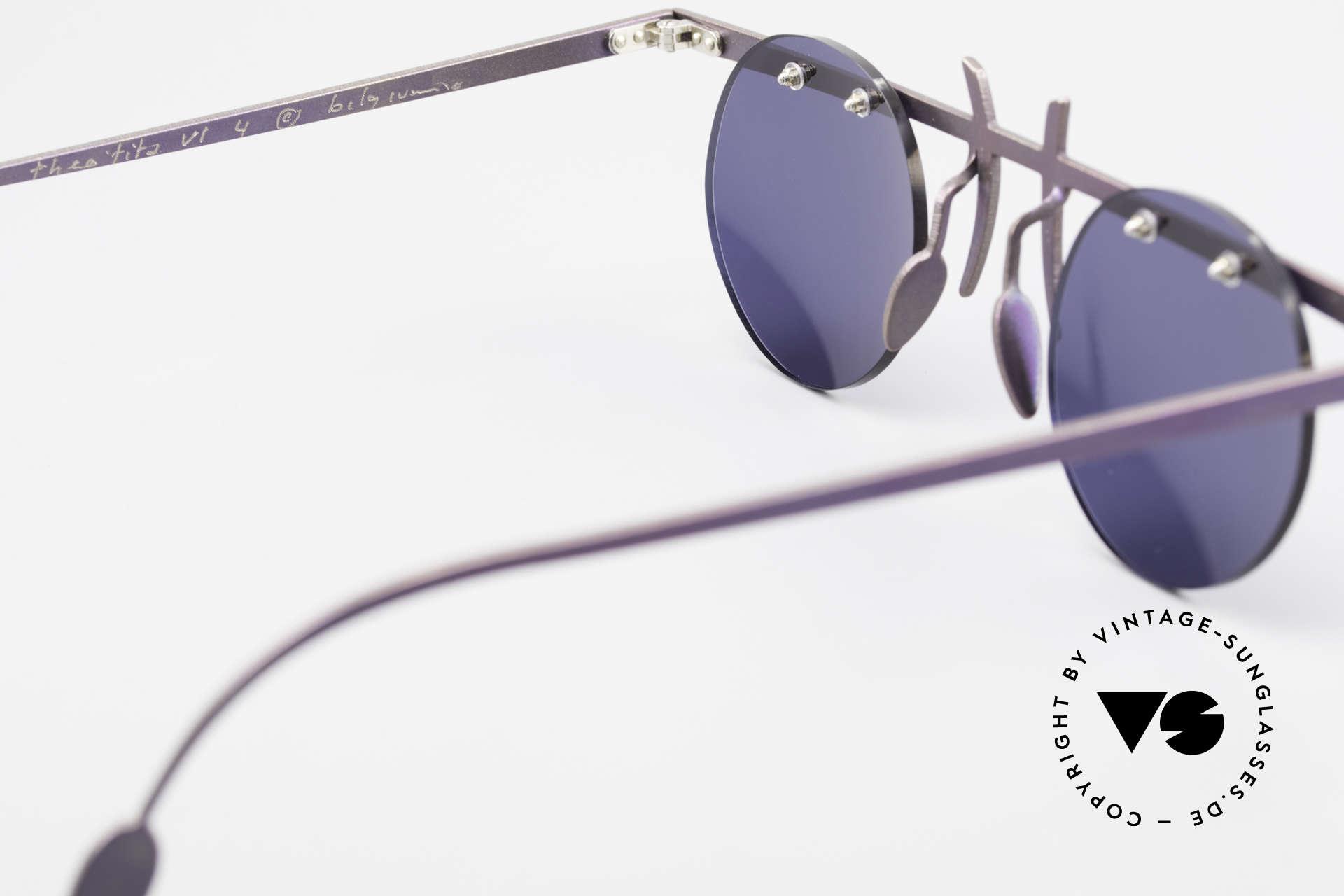 Theo Belgium Tita VI 4 Crazy Sonnenbrille 90er Titan, runde, dunkelblaue Sonnengläser (für 100% UV Schutz), Passend für Herren und Damen