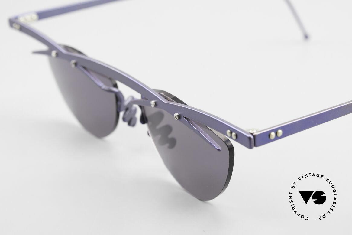 Theo Belgium Tita III 2 Crazy Vintage Sonnenbrille XL, die Gläser sind mit Schrauben am Titan-Rahmen fixiert, Passend für Herren und Damen