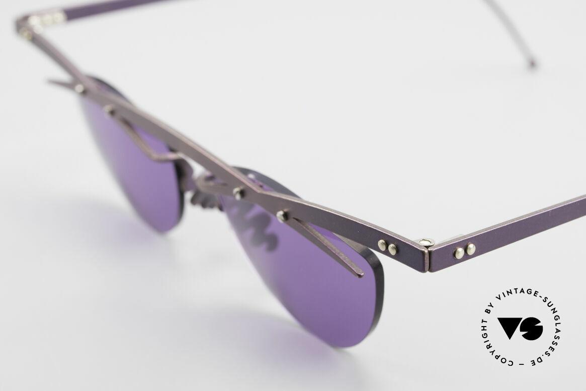Theo Belgium Tita III 4 XL Crazy Vintage Sonnenbrille, die Gläser sind mit Schrauben am Titan-Rahmen fixiert, Passend für Herren und Damen