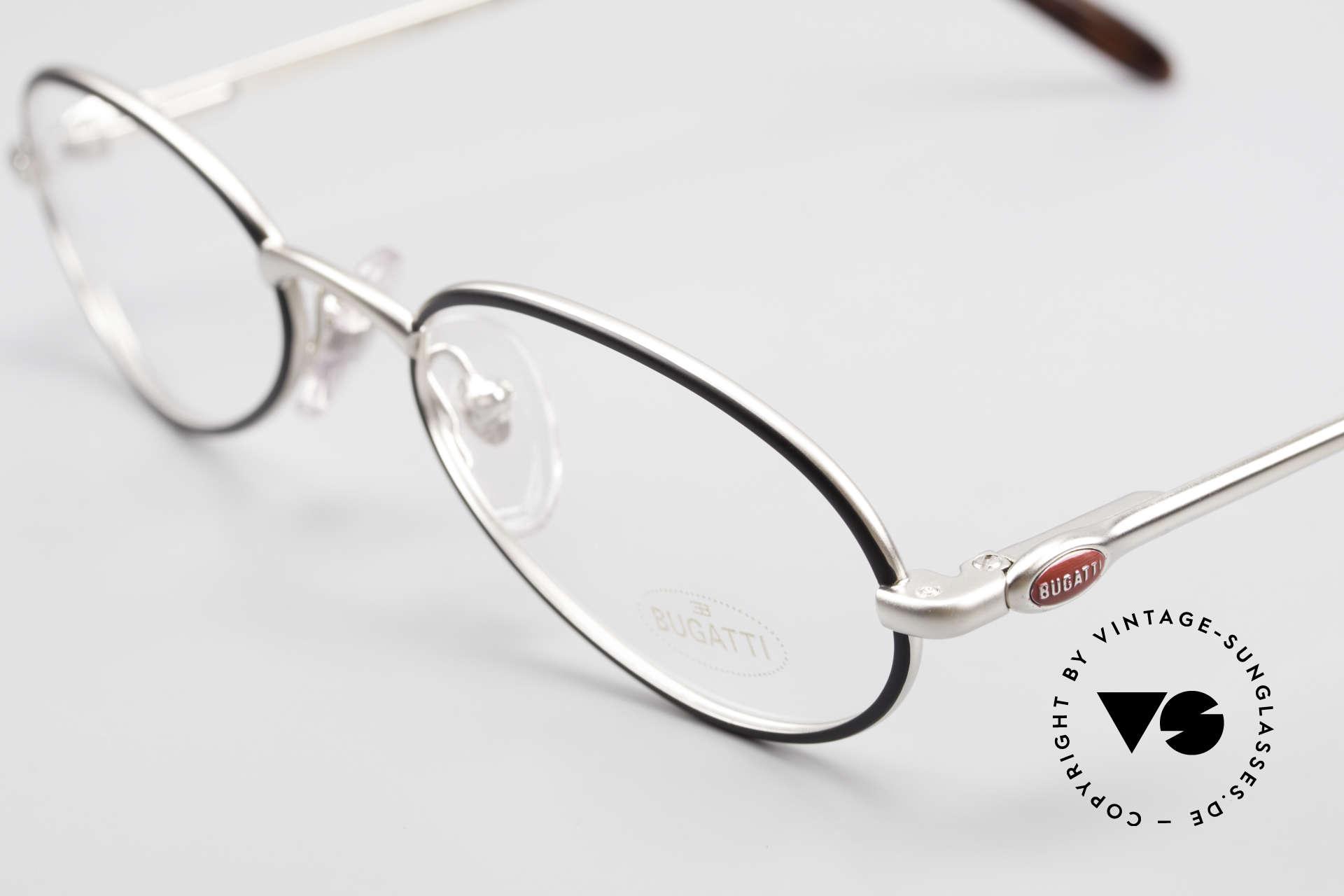 Bugatti 22431 Kleine 90er Vintage Brille, hoher Komfort u. Passform durch Federgelenke, Passend für Herren und Damen