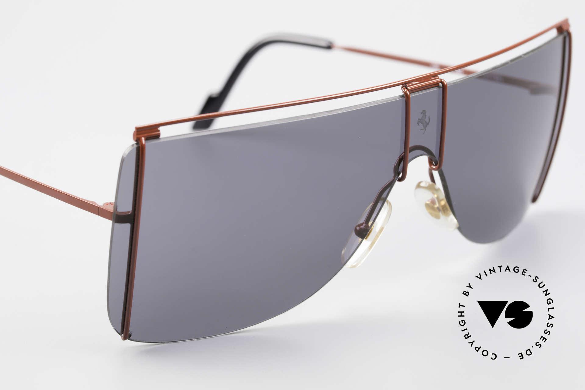 Ferrari F20/S Kylie Jenner Luxus Sonnenbrille, ungetragen (wie alle unsere Ferrari Brillen), Passend für Herren und Damen
