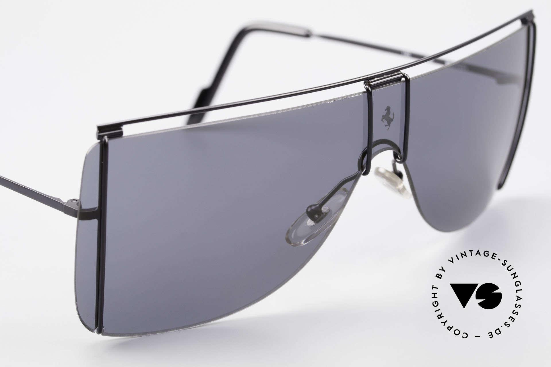 Ferrari F20/S Luxus Sonnenbrille Kylie Jenner, ungetragen (wie alle unsere Ferrari Brillen), Passend für Herren und Damen