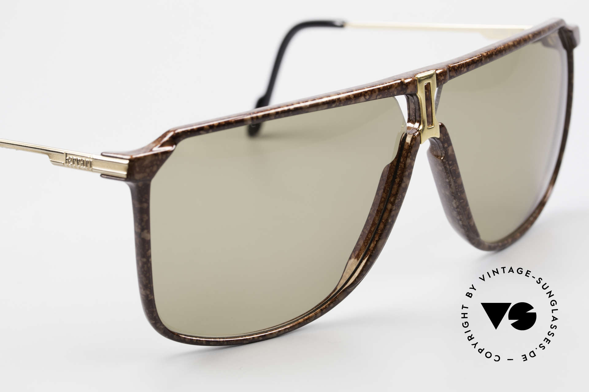 Ferrari F37/S 90er XL Sonnenbrille Karbon, ungetragen (wie alle unsere vintage Sonnenbrillen), Passend für Herren