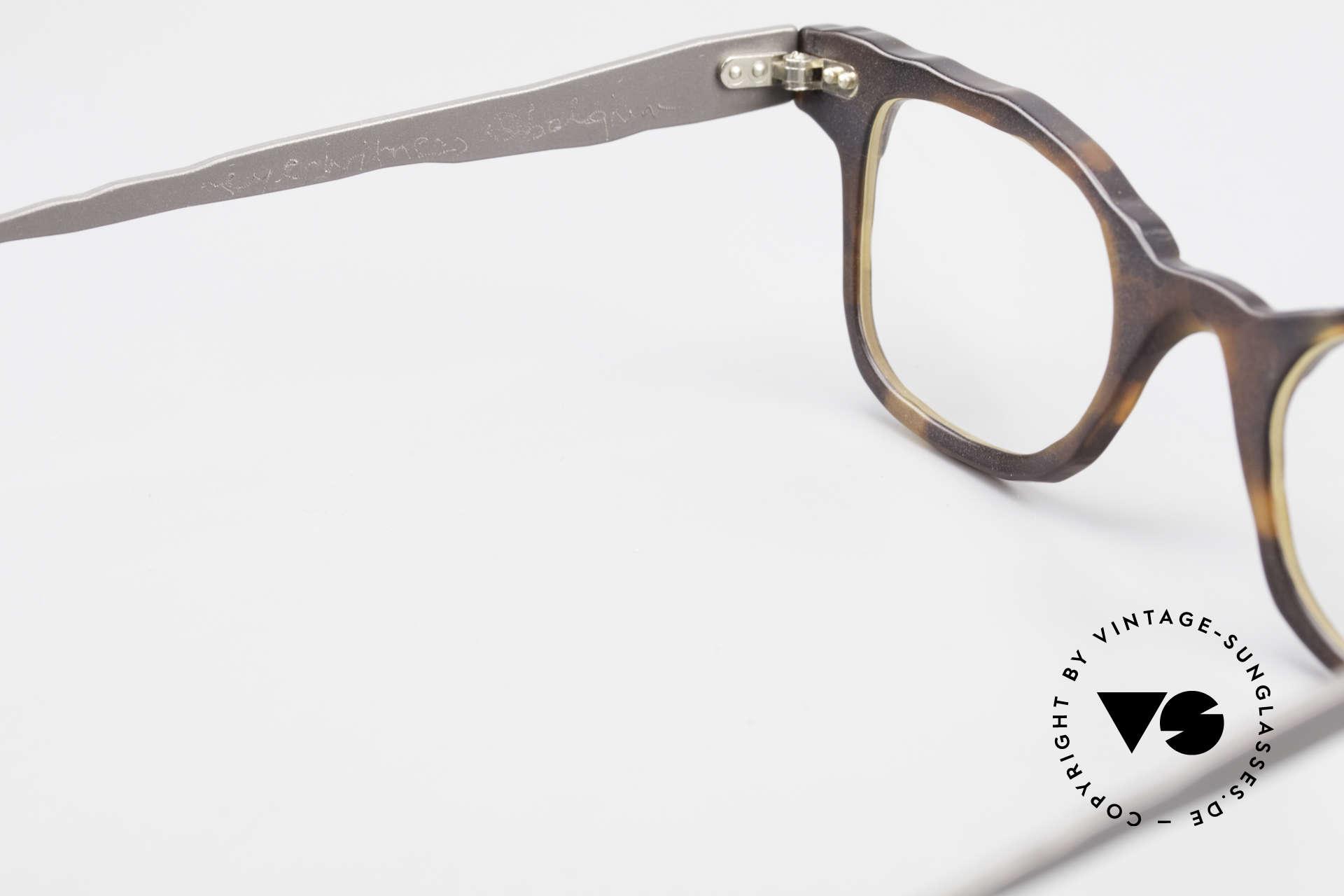 Theo Belgium Eye-Witness Avantgarde Titan Brille 90er, sozusagen: vintage Brillenfassung mit Symbol-Charakter, Passend für Herren und Damen