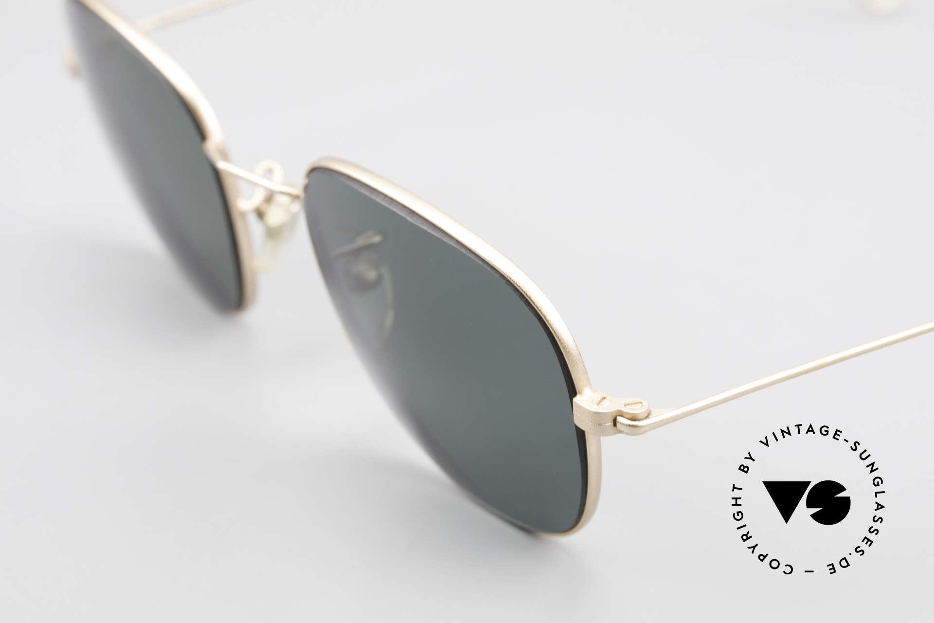 Cutler And Gross 0307 Klassische 90er Vintage Brille, Materialien und deren Verarbeitung auf Spitzen-Niveau, Passend für Herren und Damen