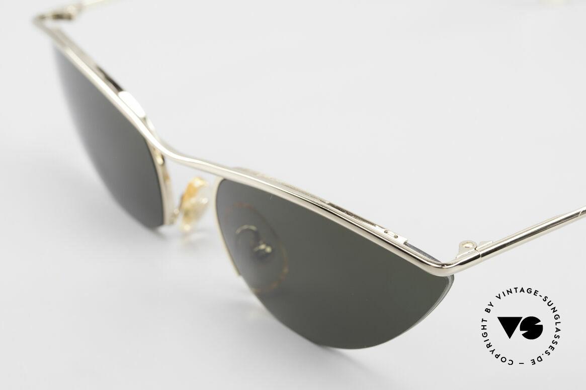 Cutler And Gross 0359 Cateye Designer Sonnenbrille, halb randlos: Gläser sind mit einem Nylor-Faden gefasst, Passend für Damen