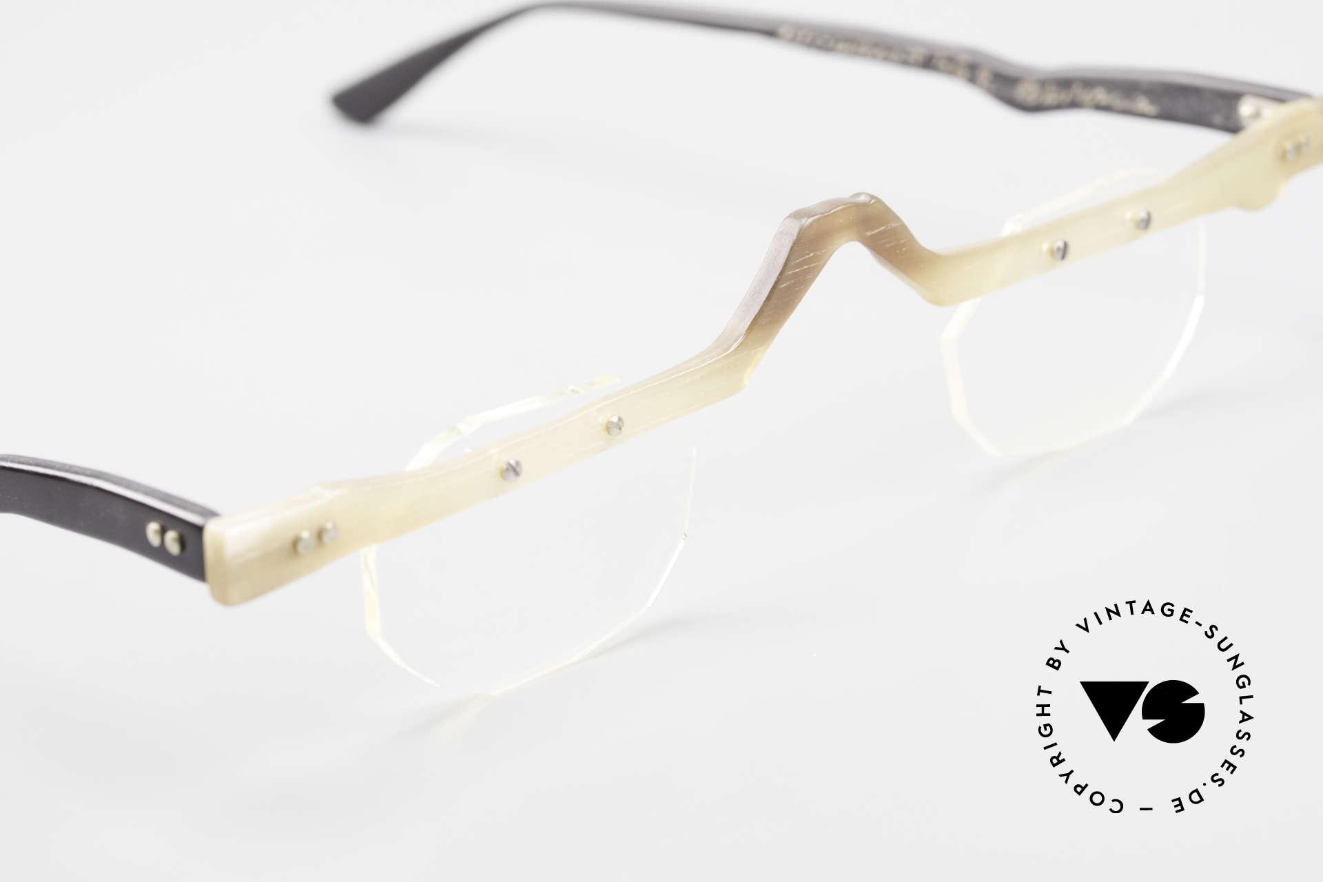 Theo Belgium Eye-Witness ACR Avantgarde Brille aus Horn, Gläser sind z.B mit kleinen Schrauben am Rahmen fixiert, Passend für Herren und Damen