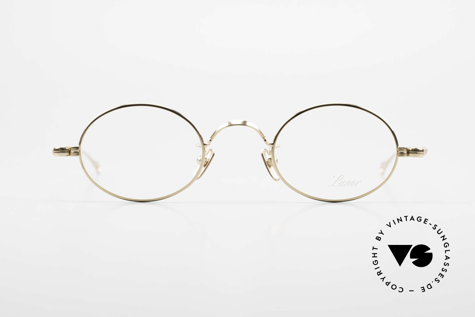 Lunor V 100 Ovale Brille 22kt Vergoldet, ohne große Logos; stattdessen mit zeitloser Eleganz, Passend für Herren und Damen