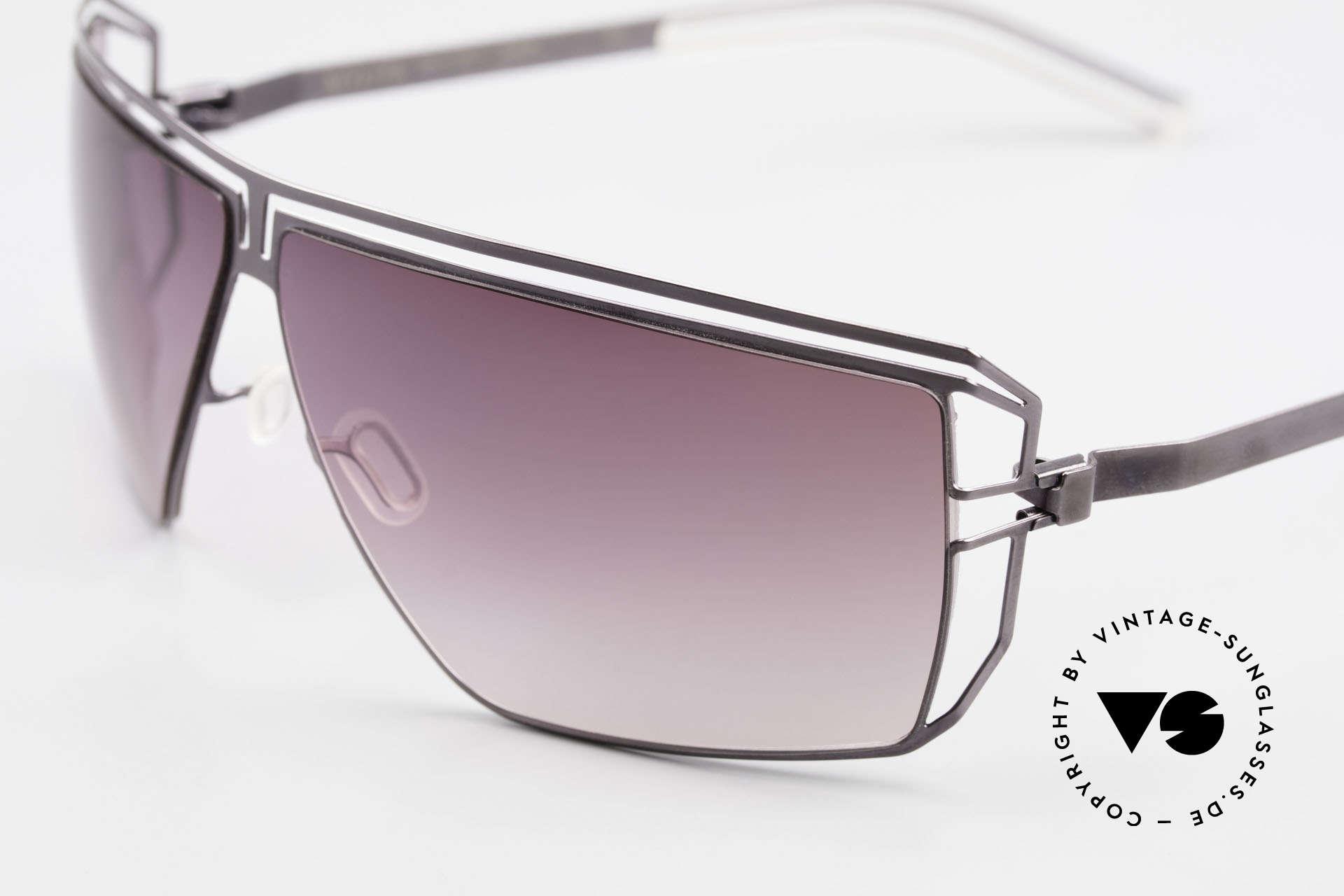 Mykita Anais Designer Sonnenbrille von 2007, innovativ flexible Metallfassung: eine Größe passt allen, Passend für Damen