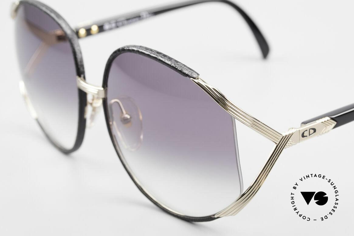 "Christian Dior 2250 Rihanna Sonnenbrille Leder, getragen v. Rihanna auf dem Cover ""Man Down"" Single, Passend für Damen"