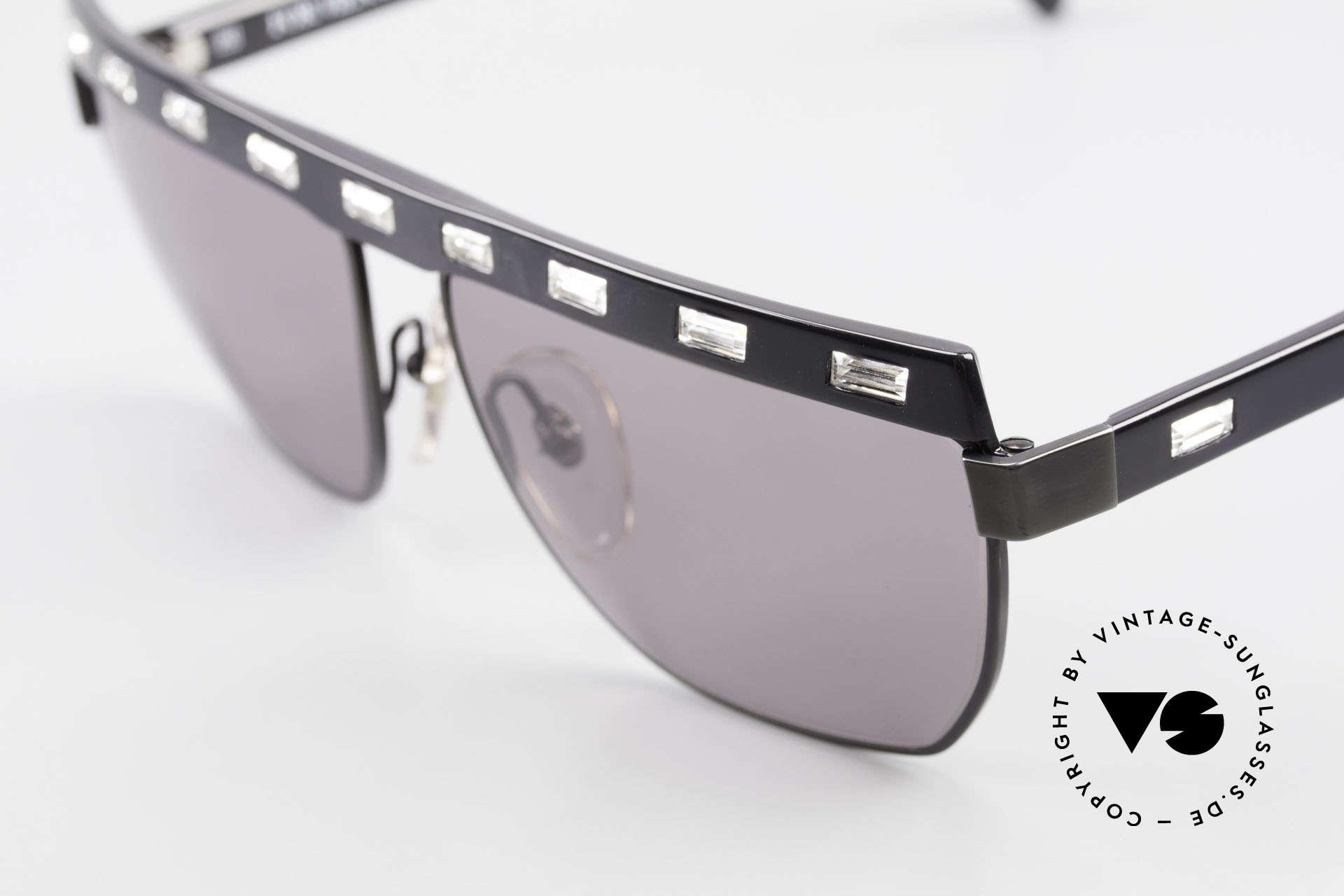 Paloma Picasso 3706 Damen Sonnenbrille Kristall, tolle Kombination aus Strass, Farben & Materialien, Passend für Damen