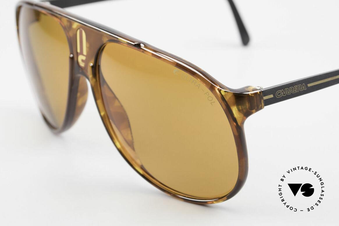 Carrera 5424 80s Sonnenbrille Polarisierend, funktional und stilvolle Lifestyle-Brille zugleich, Passend für Herren