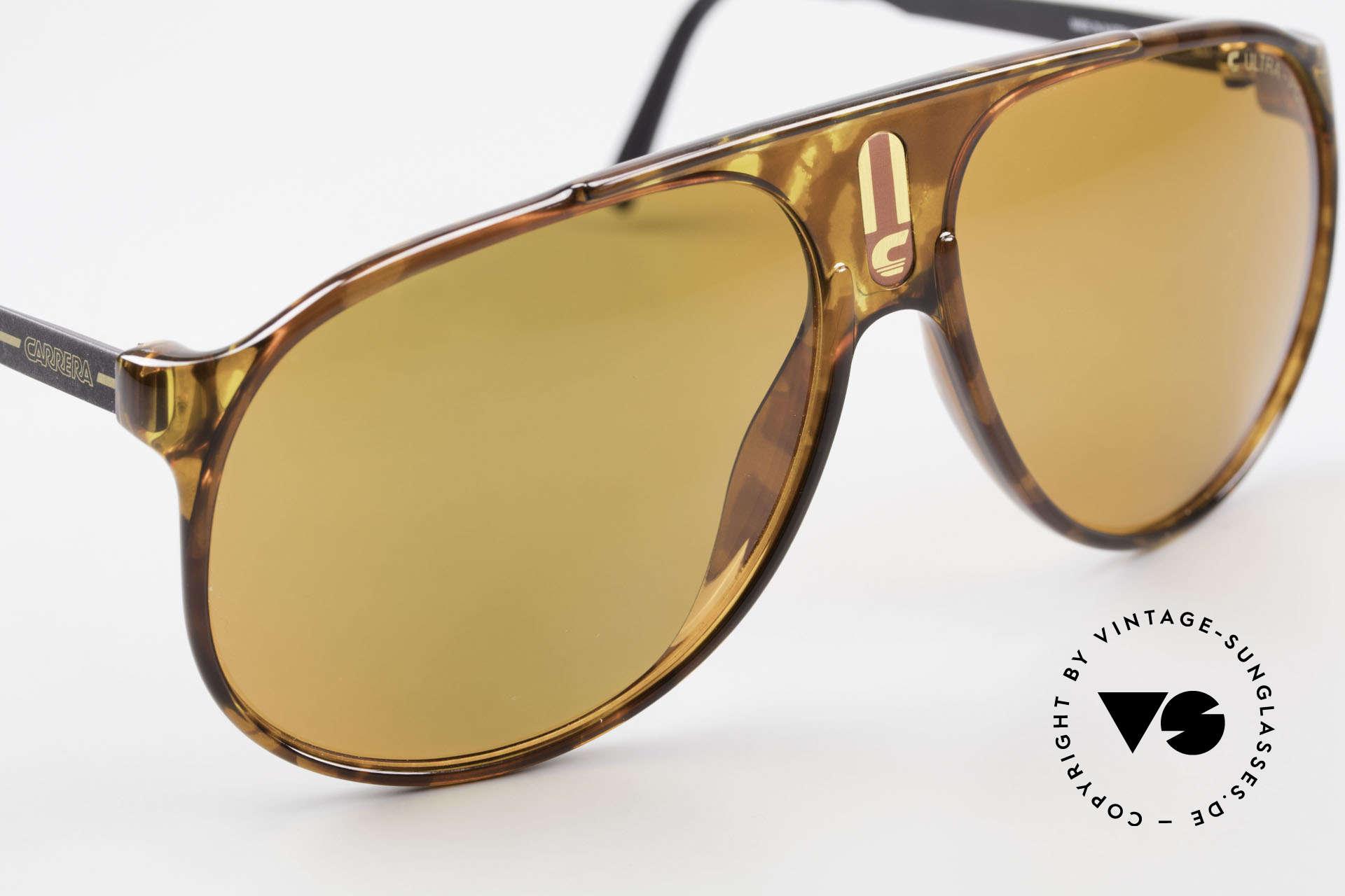 Carrera 5424 80s Sonnenbrille Polarisierend, C Ultra-Pol polarisierende Gläser; 100% UV Schutz, Passend für Herren