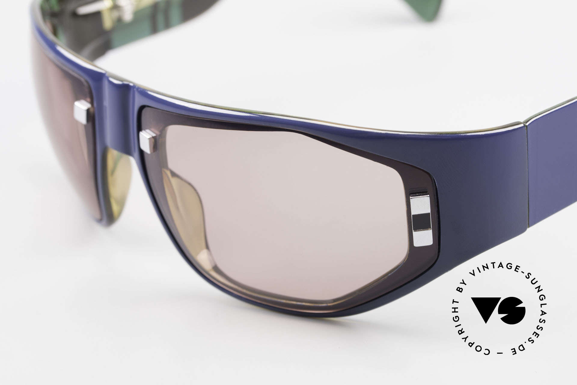Paloma Picasso 3701 Wrap Around Sonnenbrille 90er, von 1990, doch das Optyl-Material glänzt wie neu, Passend für Damen